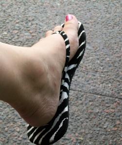 Mes nouvelles sandales à 29$. Eek